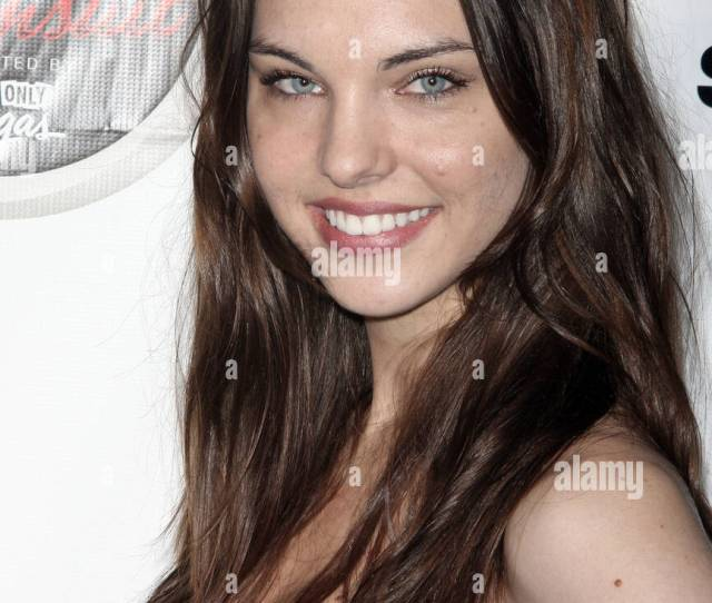 Kimberly Leemans Sports Illustrated Swimsuit 2009 Issue Launch Party Sponsored By Southwest Airlines Arrivals New York City
