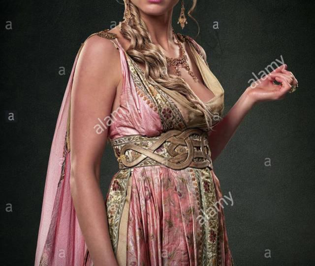 Viva Bianca Spartacus Blood And Sand 2010