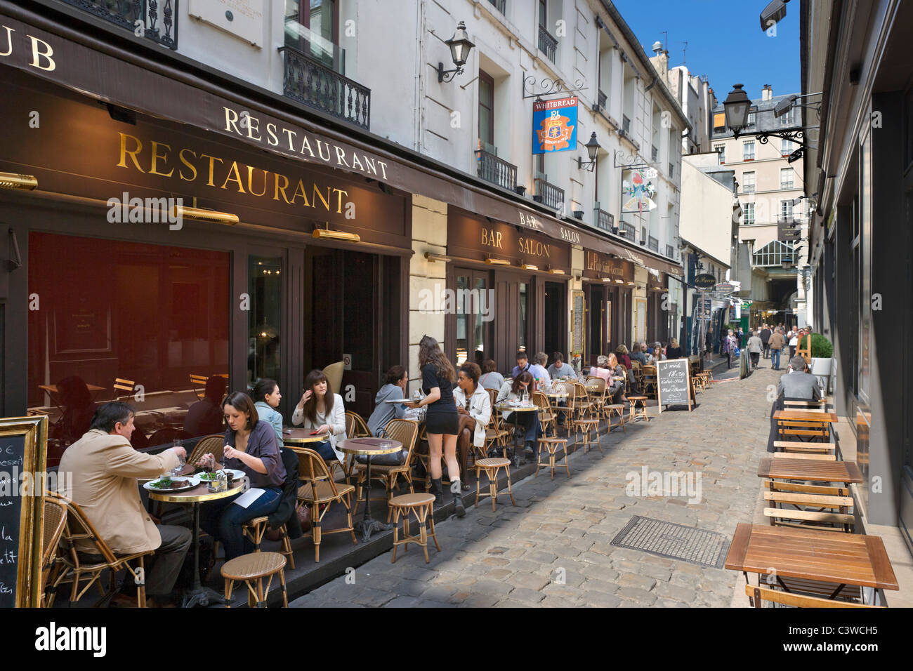 Sidewalk restaurant on the Cour du Commerce St Andre off