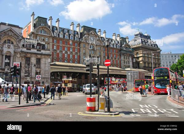 Terminus Place Entrance Victoria Station Westminster City Of Stock 38012314 - Alamy