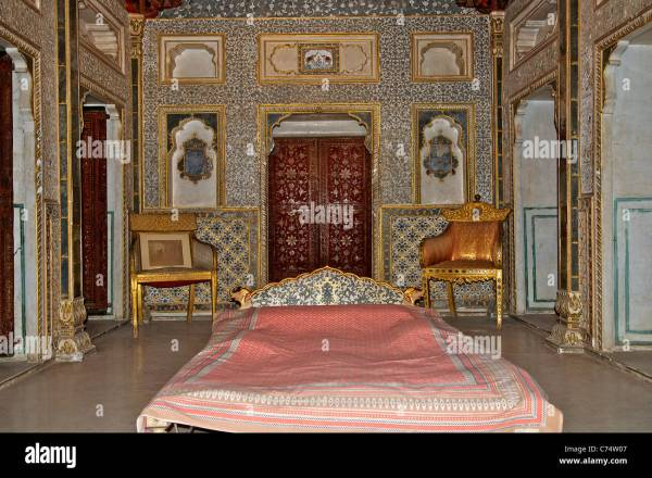 indian palace bedroom India Palace Interior Stock Photos & India Palace Interior
