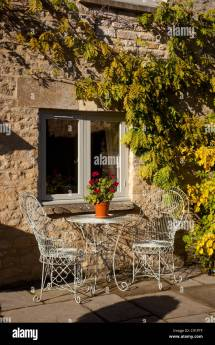 Metal French Style Outdoor Chairs And Table Stone Patio