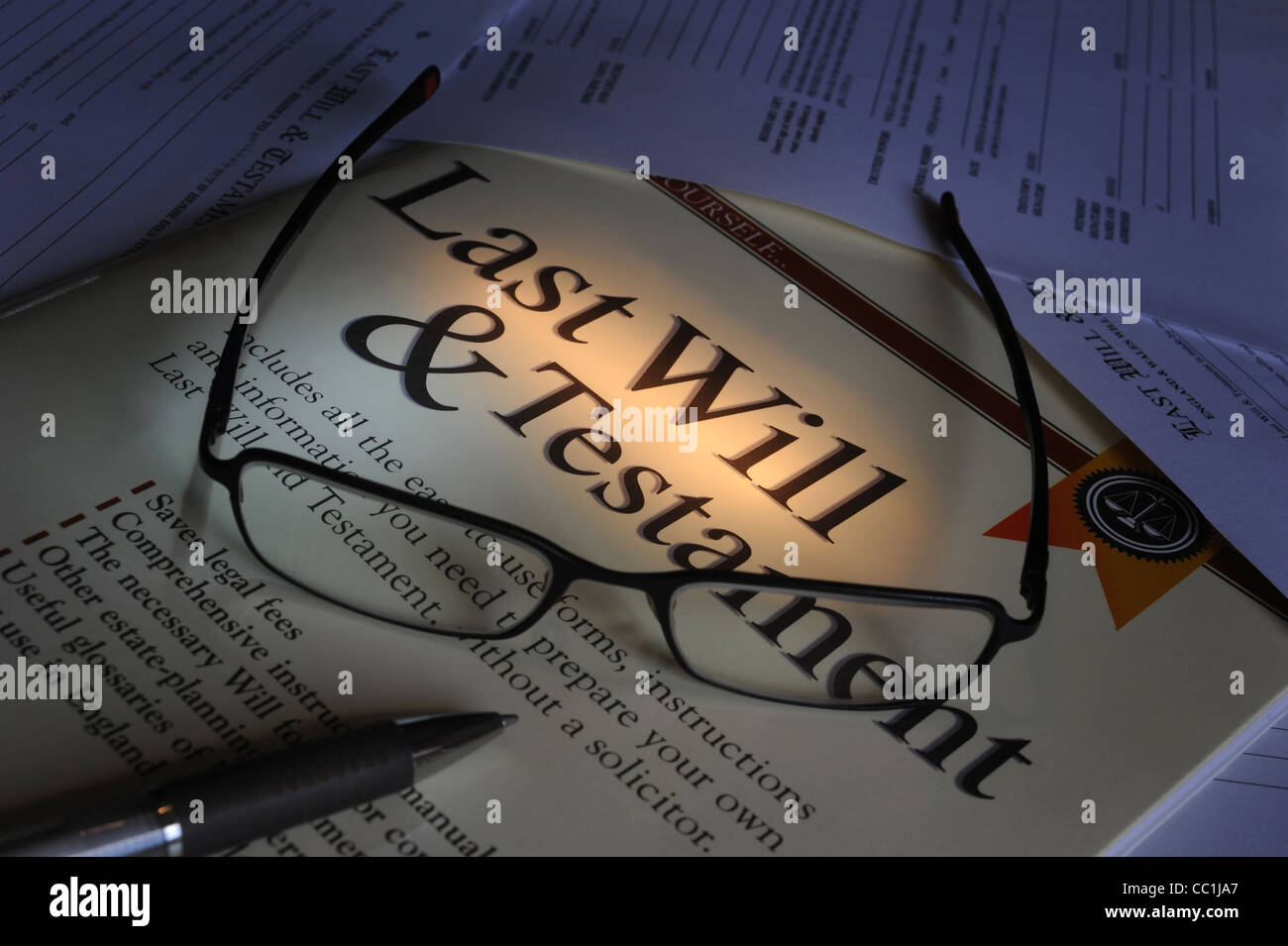 LAST WILL AND TESTAMENT FORMS WITH SPECTACLES RE MAKING A WILL ...