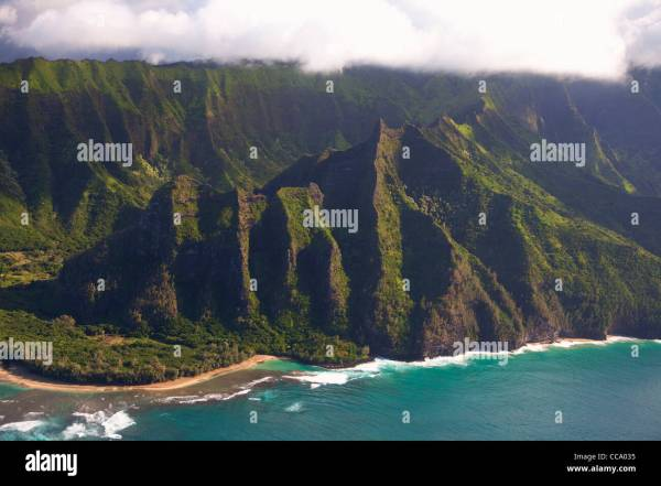 Aerial Haena Beach Park Stock & - Alamy