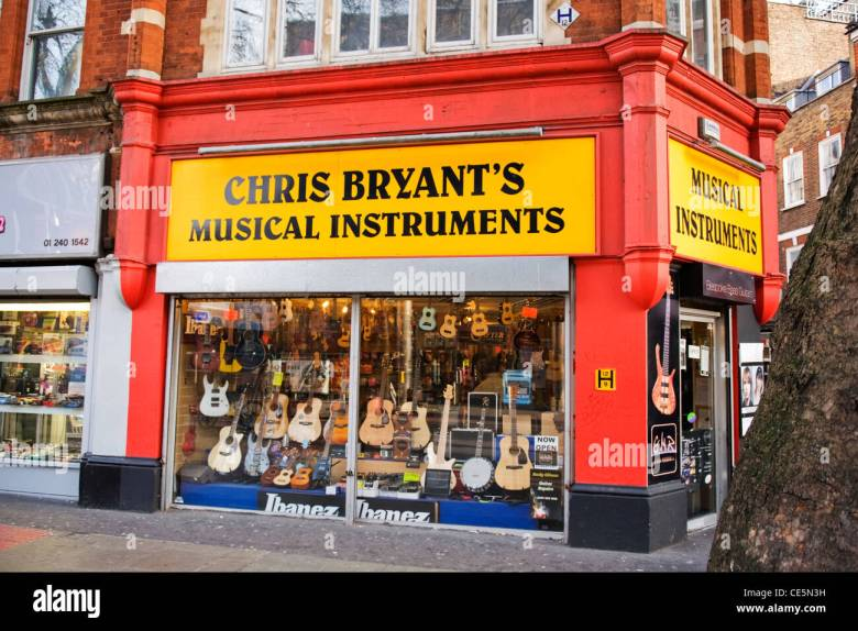 charing cross road , london , chris bryant's musical instruments