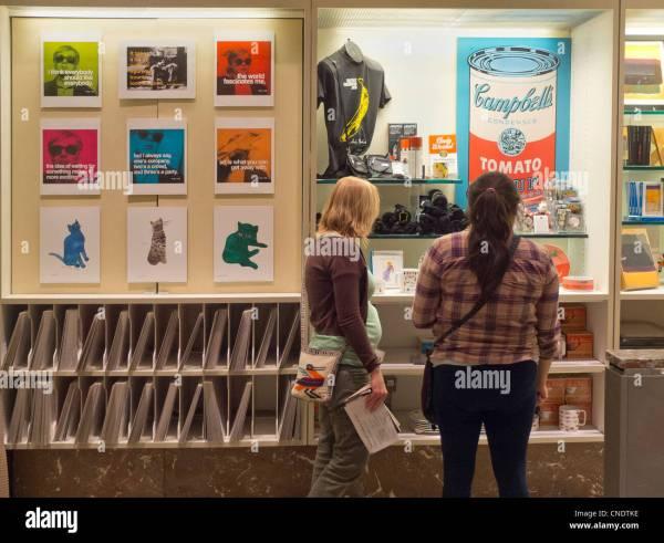 Smithsonian Museum Store Stock &