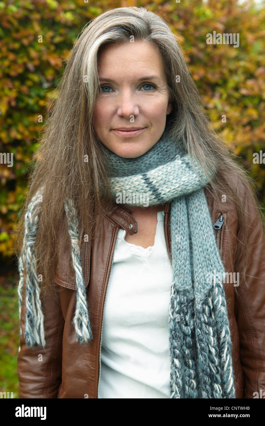 older woman wearing scarf