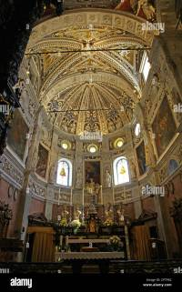 Renaissance design of the ceiling and dome in the Basilica ...