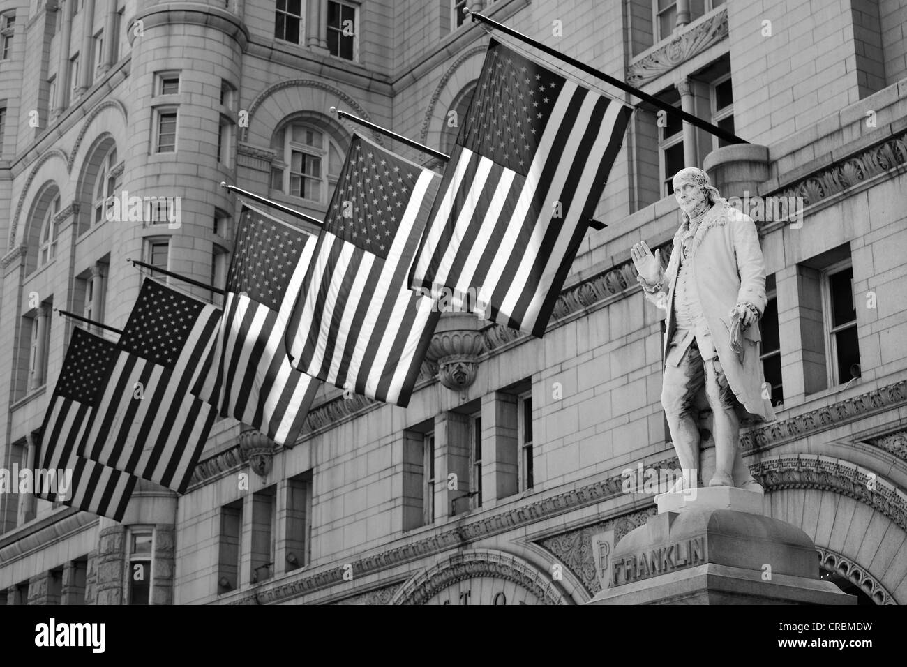 Black And White Image Benjamin Franklin Statue In Front