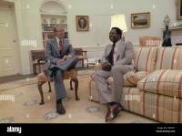 Jimmy Carter chatting with Hank Aaron in the Oval Office ...