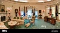 The Oval Office in The White House replica at Lyndon ...