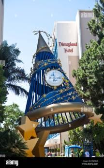 Sorcerer Mickey Hat Disneyland Hotel Anaheim
