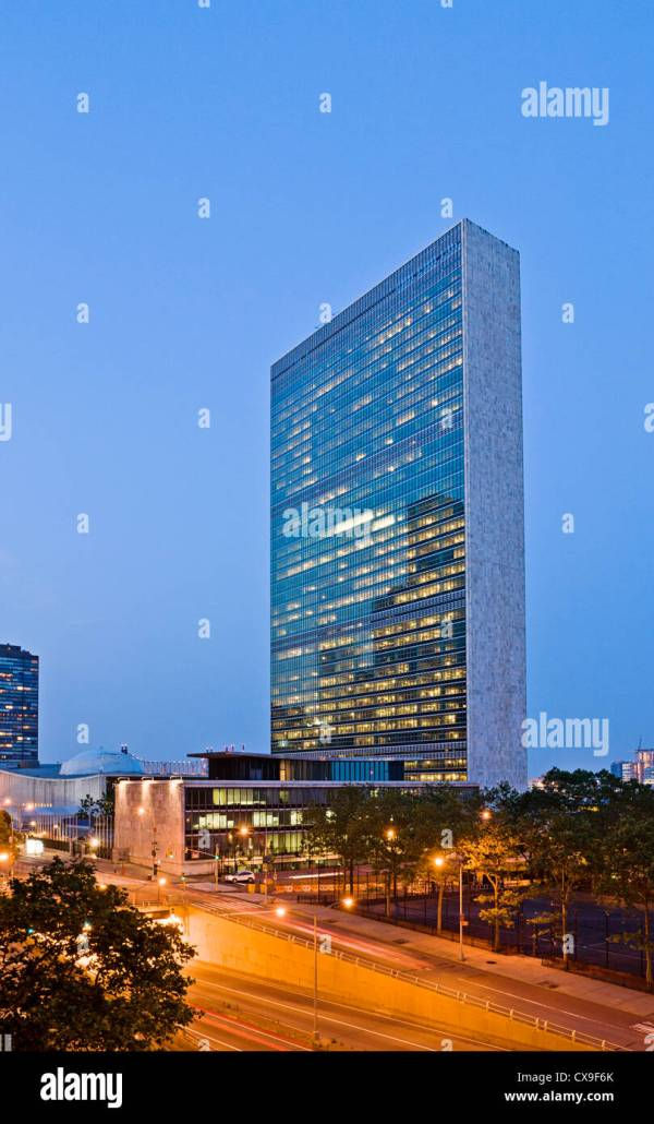 Secretariat Building United Nations Headquarters