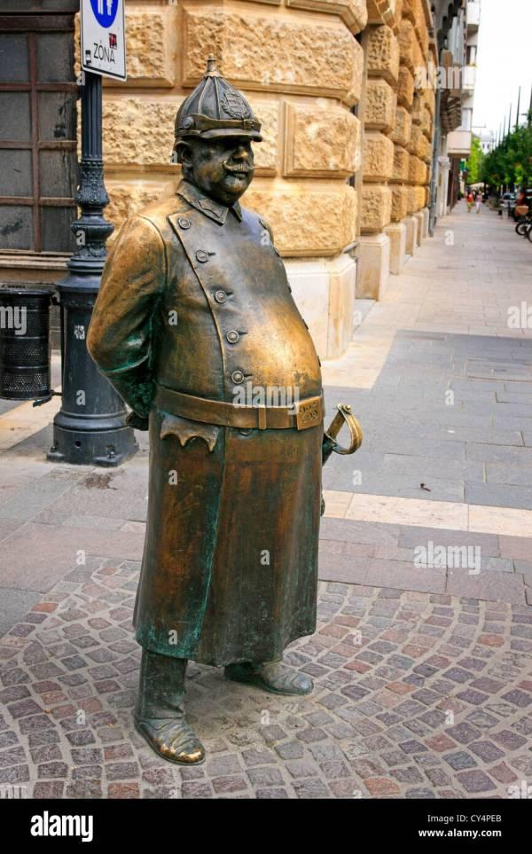 Statue Of Policeman Zrinyi Utca In Budapest Stock 51121907 - Alamy