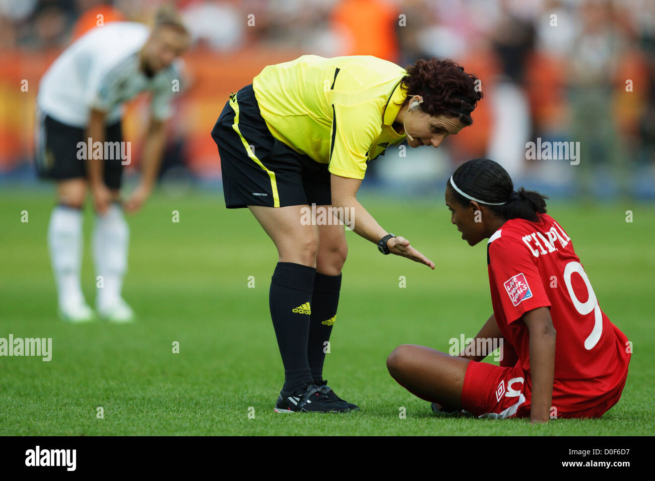 Soccer Referee Resume Referee Jacqui Melksham Encourages Candace Chapman Of