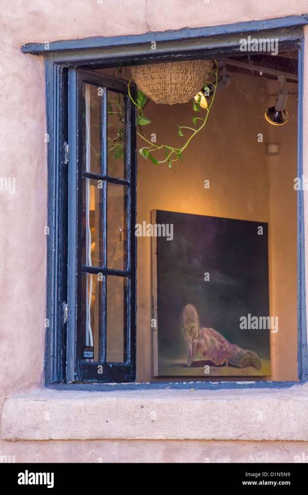 Art Window Display Stock &