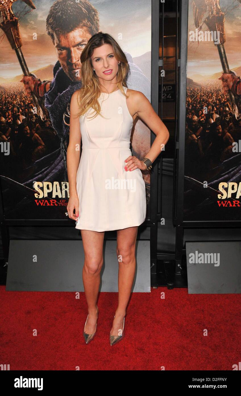 Viva Bianca At Arrivals For Spartacus War Of The Damned Season Premiere Regal Cinemas L A Live Los Angeles Ca January 22 2013