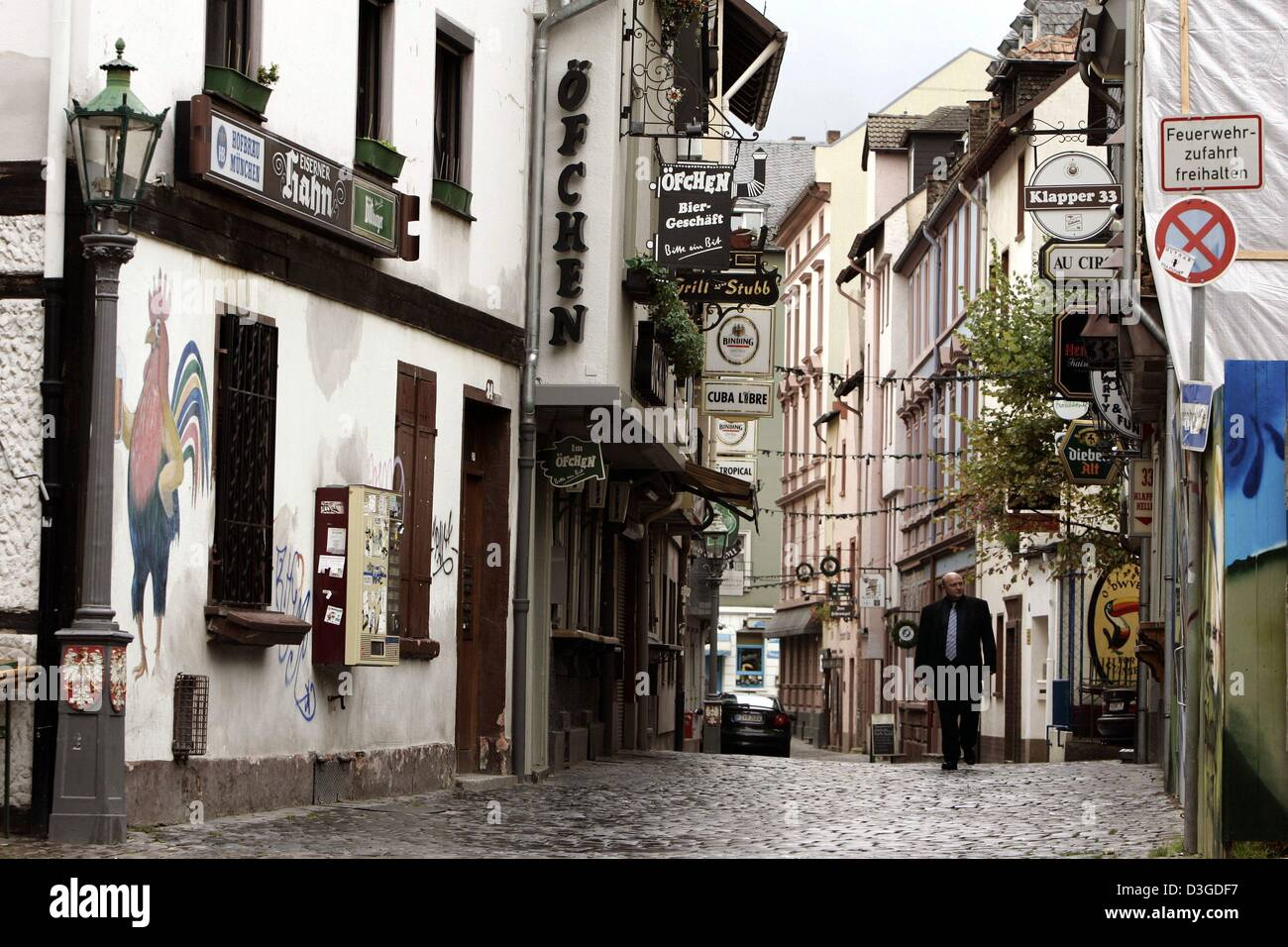 Outdoor Geschäft Frankfurt Bar In Sachsenhausen High Resolution Stock Photography And Images - Alamy