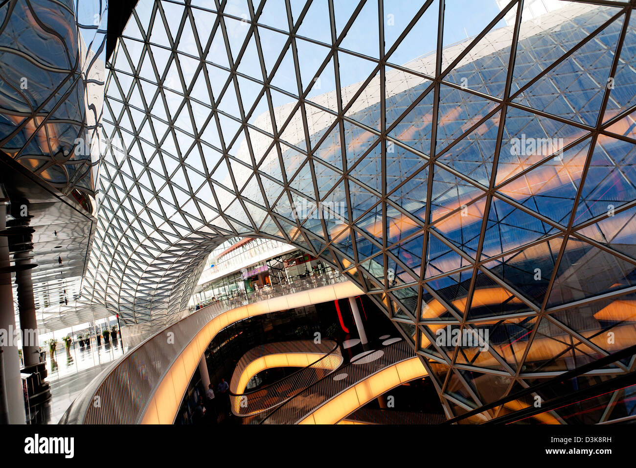 Deutsche Küche Frankfurt Zeil Frankfurt Zeil Shopping Mall Stock Photo 53899093 Alamy