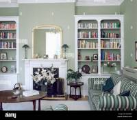 Fireplace With Bookshelves On Each Side
