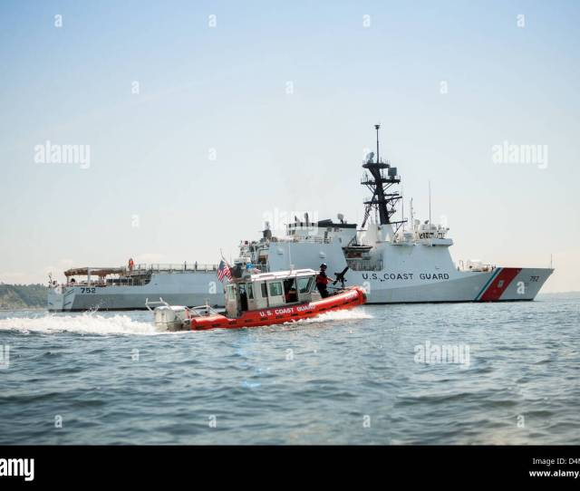 Station Seattle Escorts Coast Guard Cutter Stratton