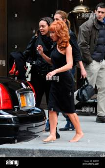 Kathy Griffin Leaves Manhattan Hotel Barefoot
