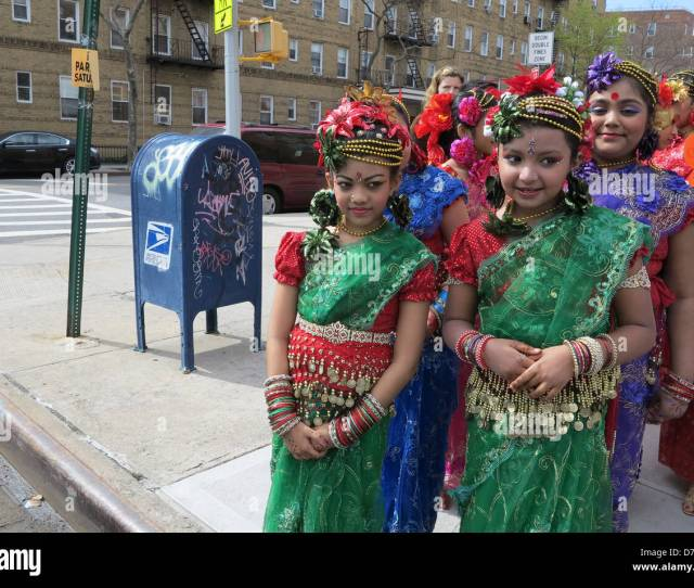 Young Costumed Girls Prepare To Dance At Bengali New Year Festival Little Bangladesh