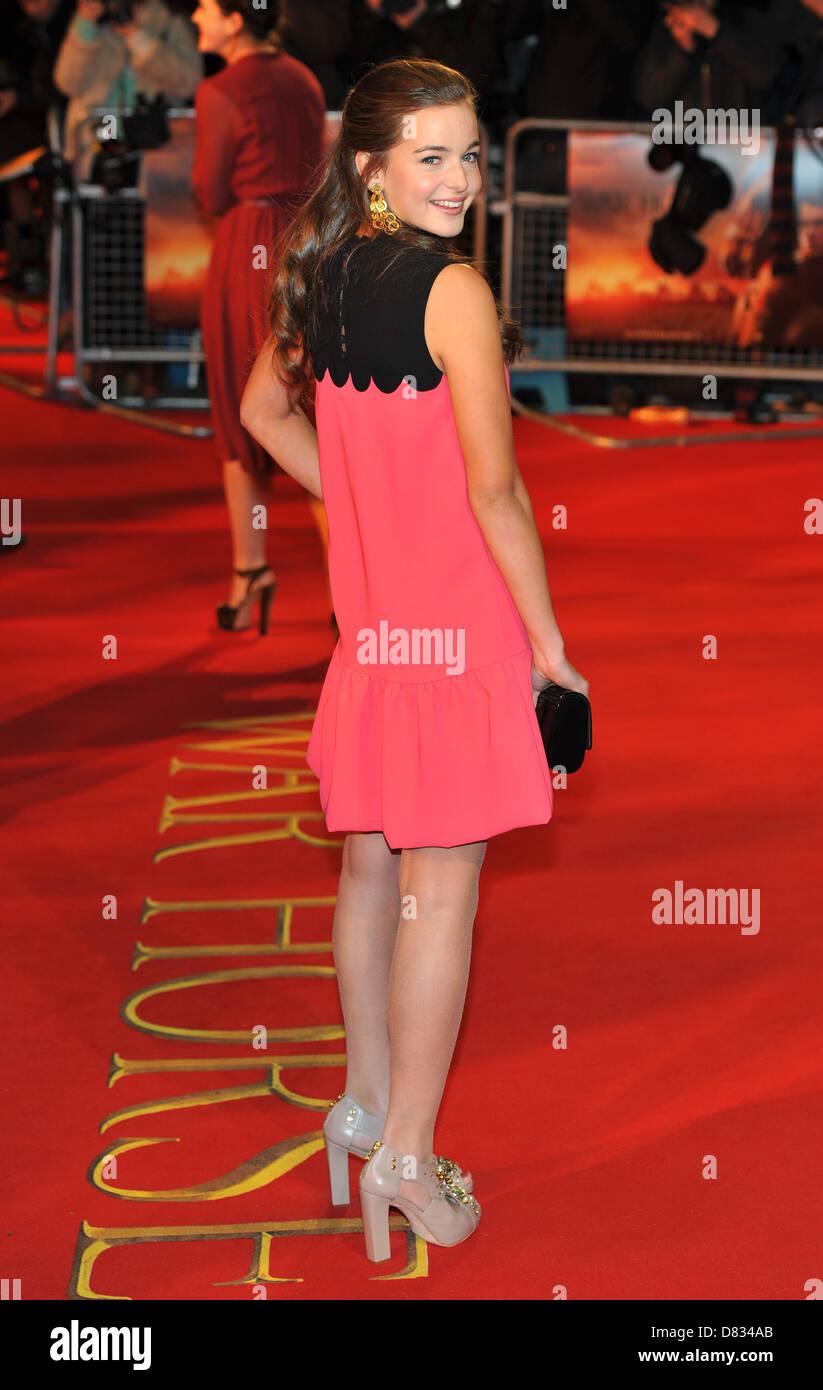 Celine Buckens War Horse - UK film premiere held at the Odeon Stock Photo: 56617635 - Alamy