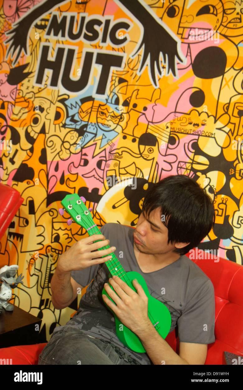 bangkok thailand chatuchak phaholyothin road music hut musical stock