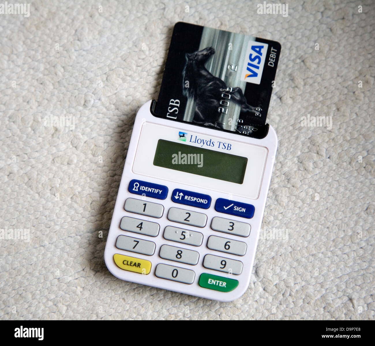 Ezio Lloyds Bank Card Reader Online Banking Security Device Stock Photo Alamy