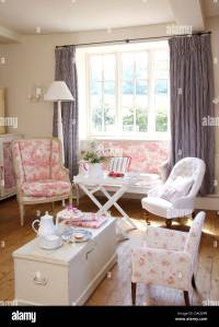 Cottage Living Room Chairs. cottage living room furniture ...