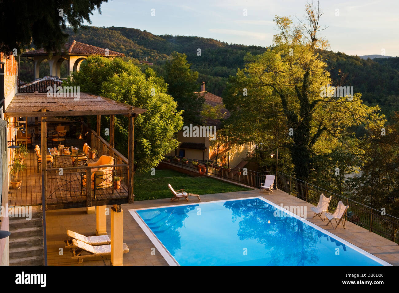 Casa Wallace Italy Piedmont Cremolino Casa Wallace Hotel The Swimming Pool