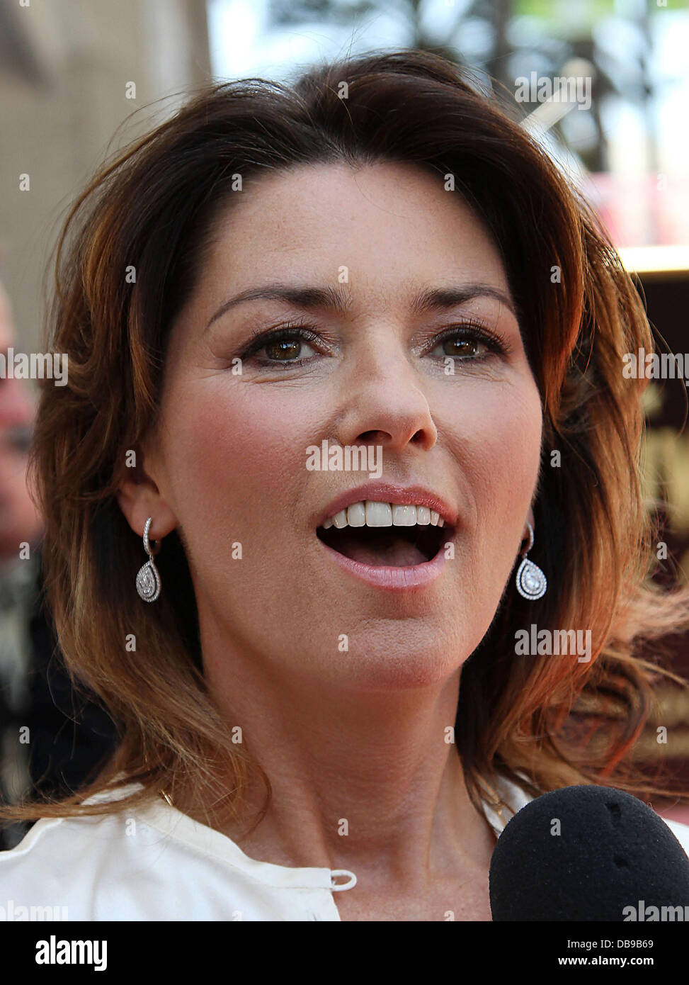 Shania Twain Teeth : shania, twain, teeth, Singer, Shania, Twain, Honored, 2442nd, Hollywood, Stock, Photo, Alamy