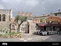 Marilyn Lounge Bar Restaurant And Club In Bardolino