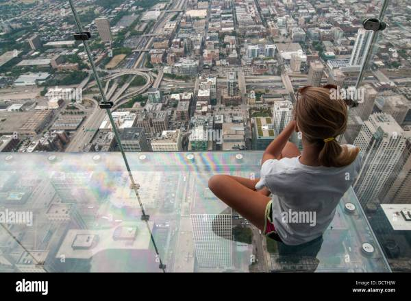 Female Tourist In Skydeck Sears Willis