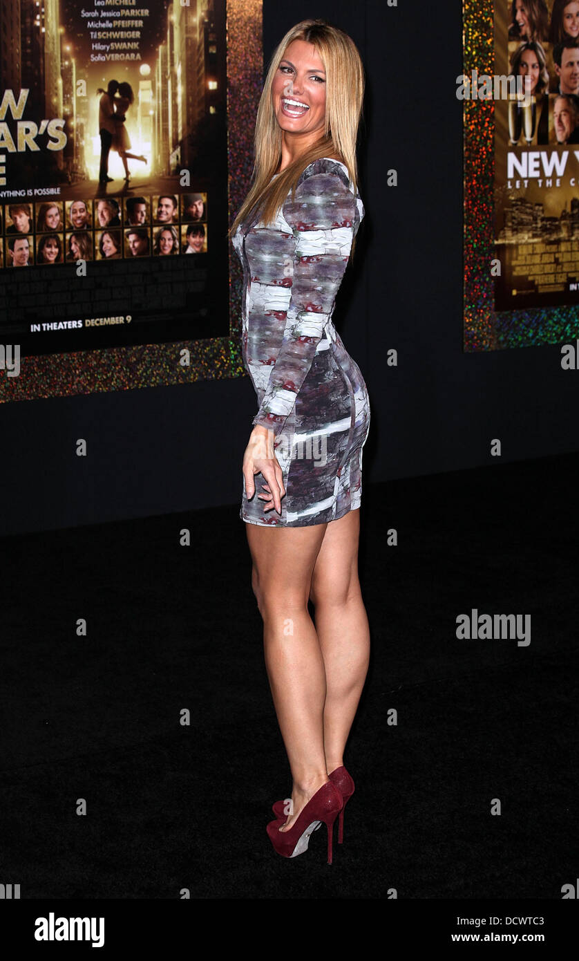 Courtney Hansen Los Angeles premiere of New Years Eve
