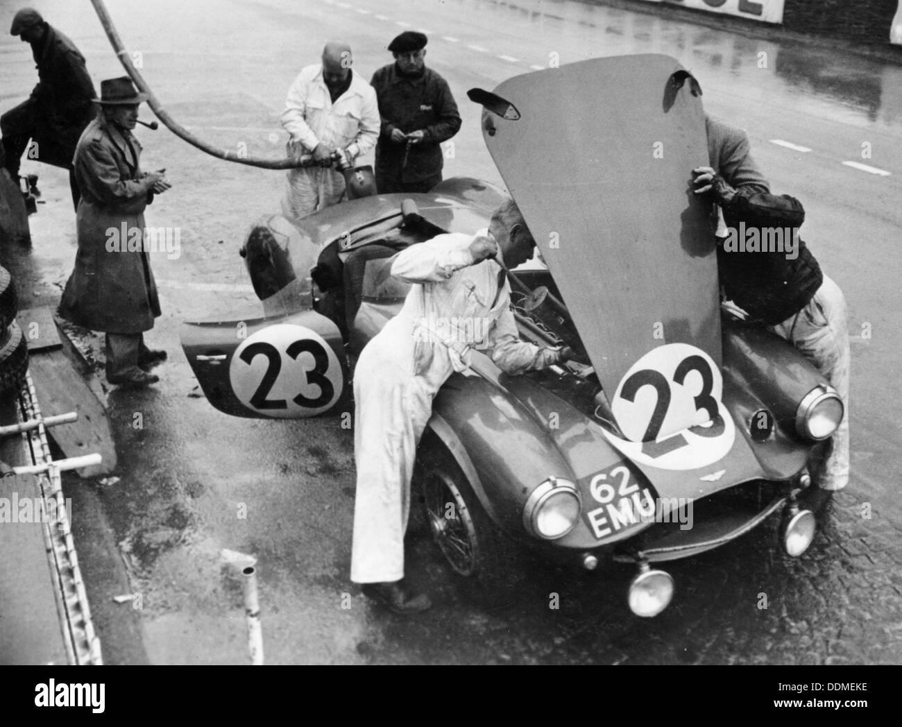 Jaguar Car Live Wallpaper Download Pit Stop Le Mans 24 Hours France 1955 Stock Photo