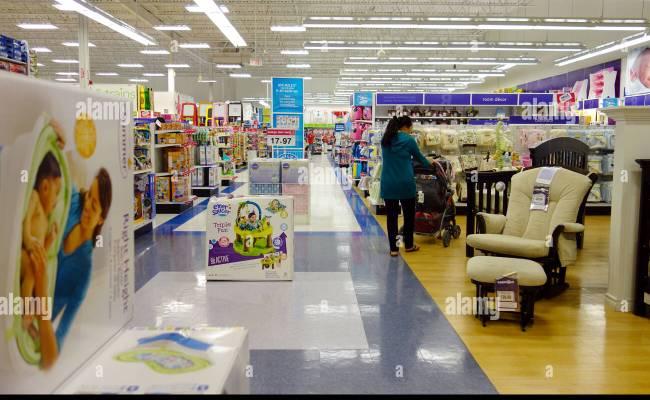 Babies R Us Stock Photos Babies R Us Stock Images Alamy