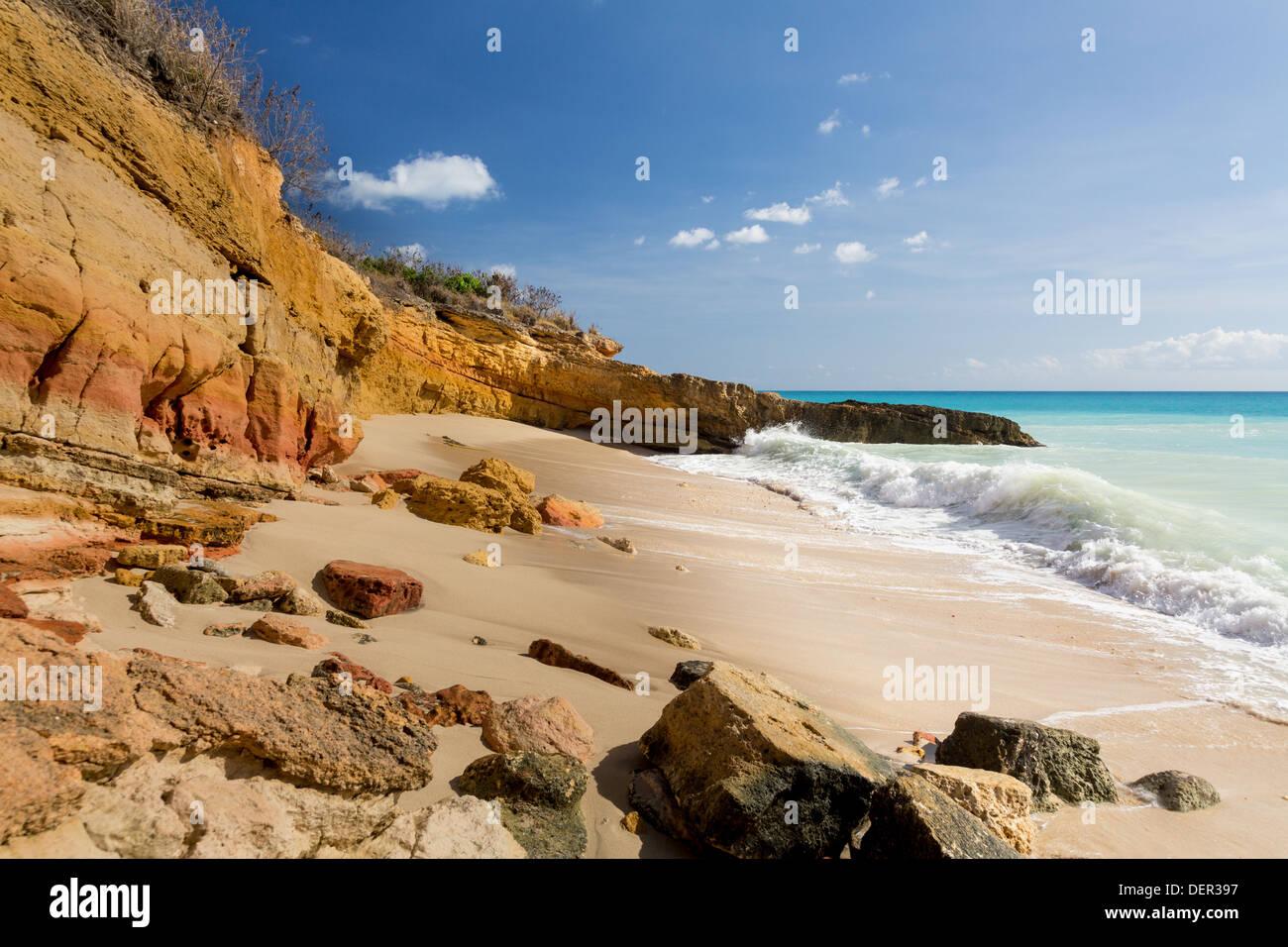 cupecoy beach on sint