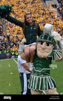 Michigan State Cheerleaders 2013
