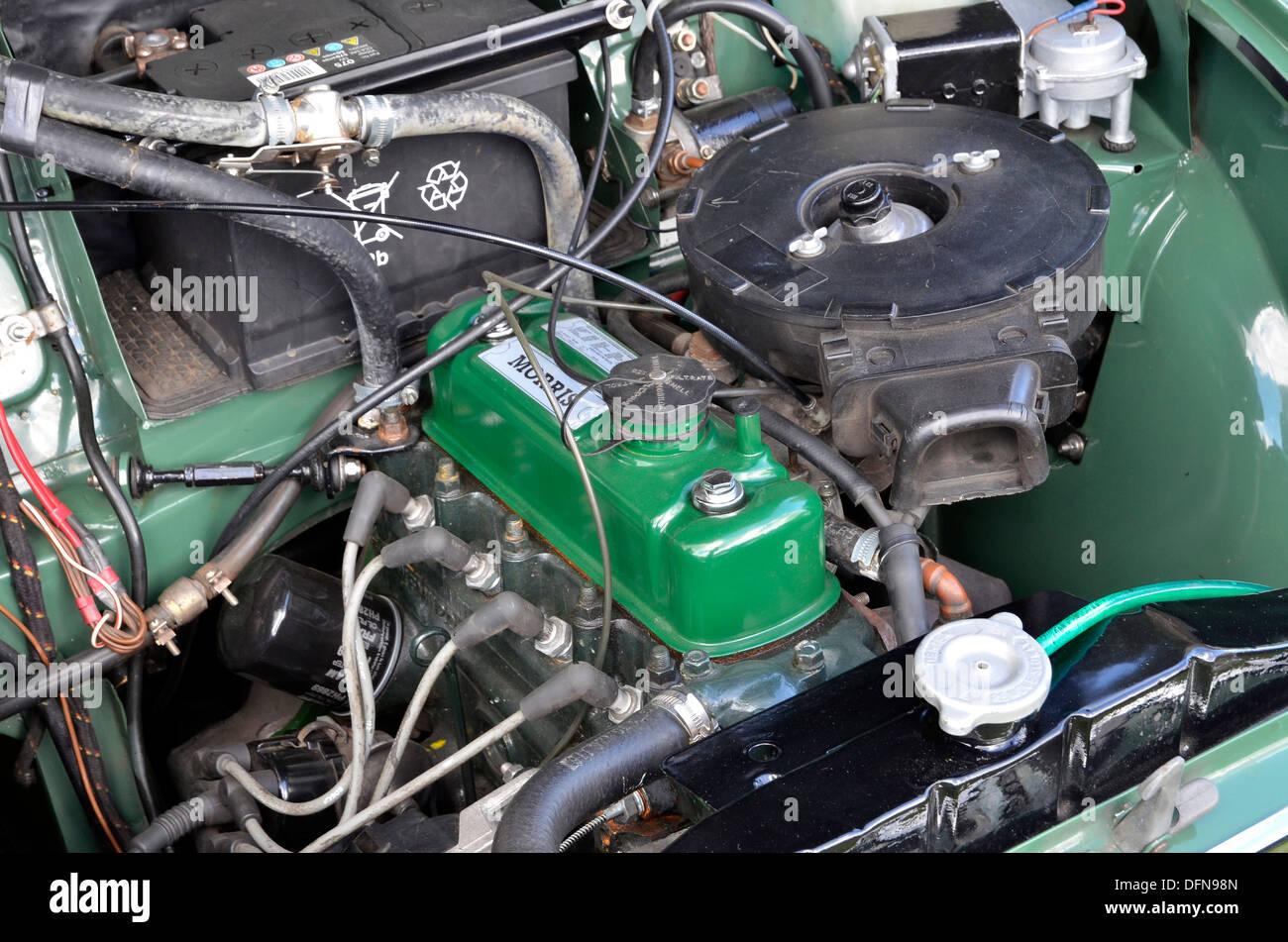 Morris Minor Wiring Diagram Engine Bay Of 1960 S Morris Minor Saloon Showing Bmc A