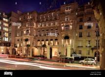 Exterior View Of Shangri-la Hotel Paris France