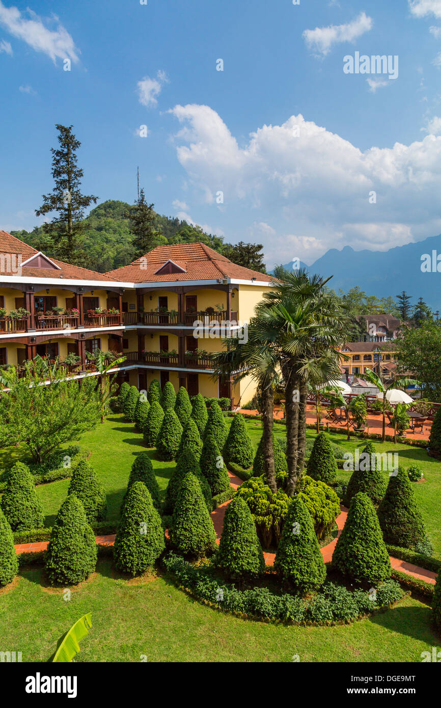 The Victoria Sapa Resort And Spa Exterior And Gardens In