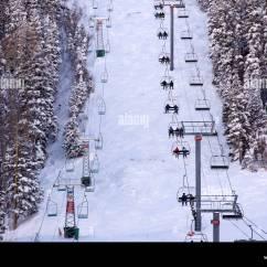 Ski Chair Lift Beach Chairs Nice France Aerial View Of Conveyor Gondola Taos Valley Resort Alpine Village Lodge New