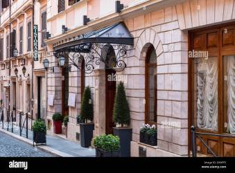 Fancy Restaurant Exterior High Resolution Stock Photography and Images Alamy