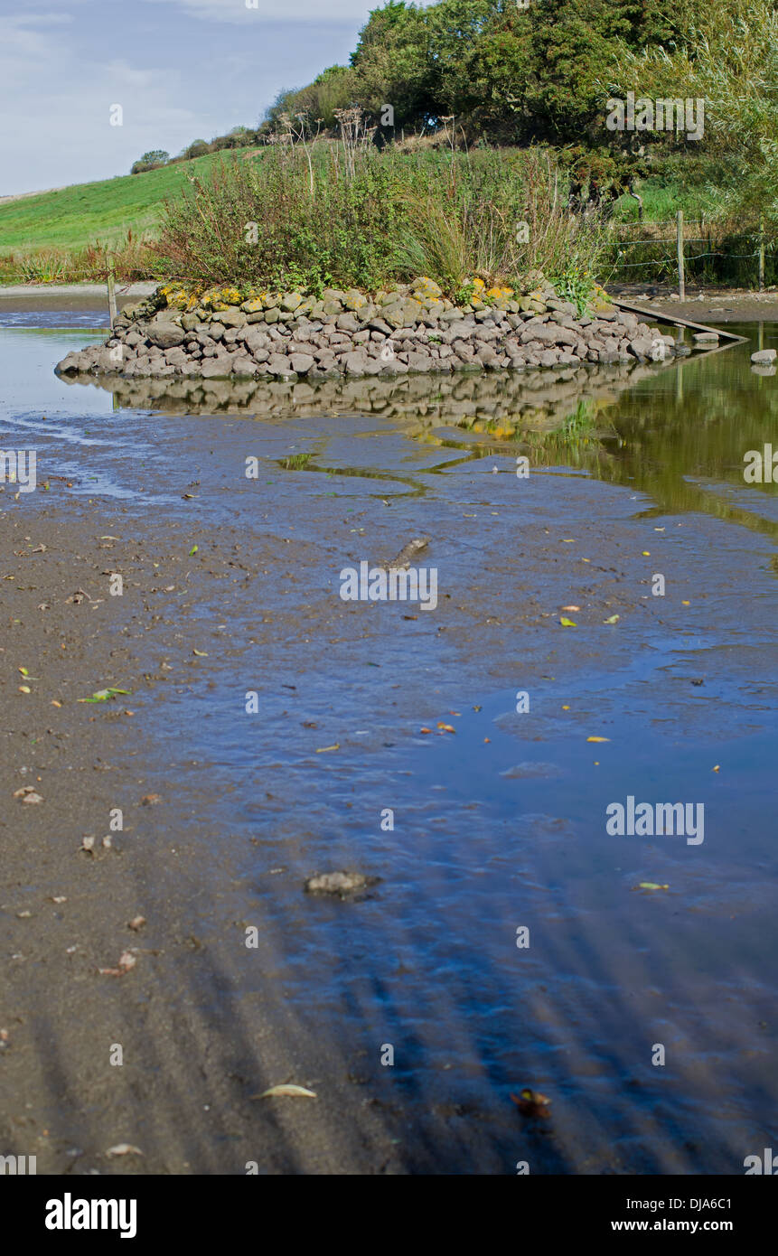 How Do You Spell Pond : spell, Dried, Yorkshire, Village, Pond,, Following, Spell, Stock, Photo, Alamy