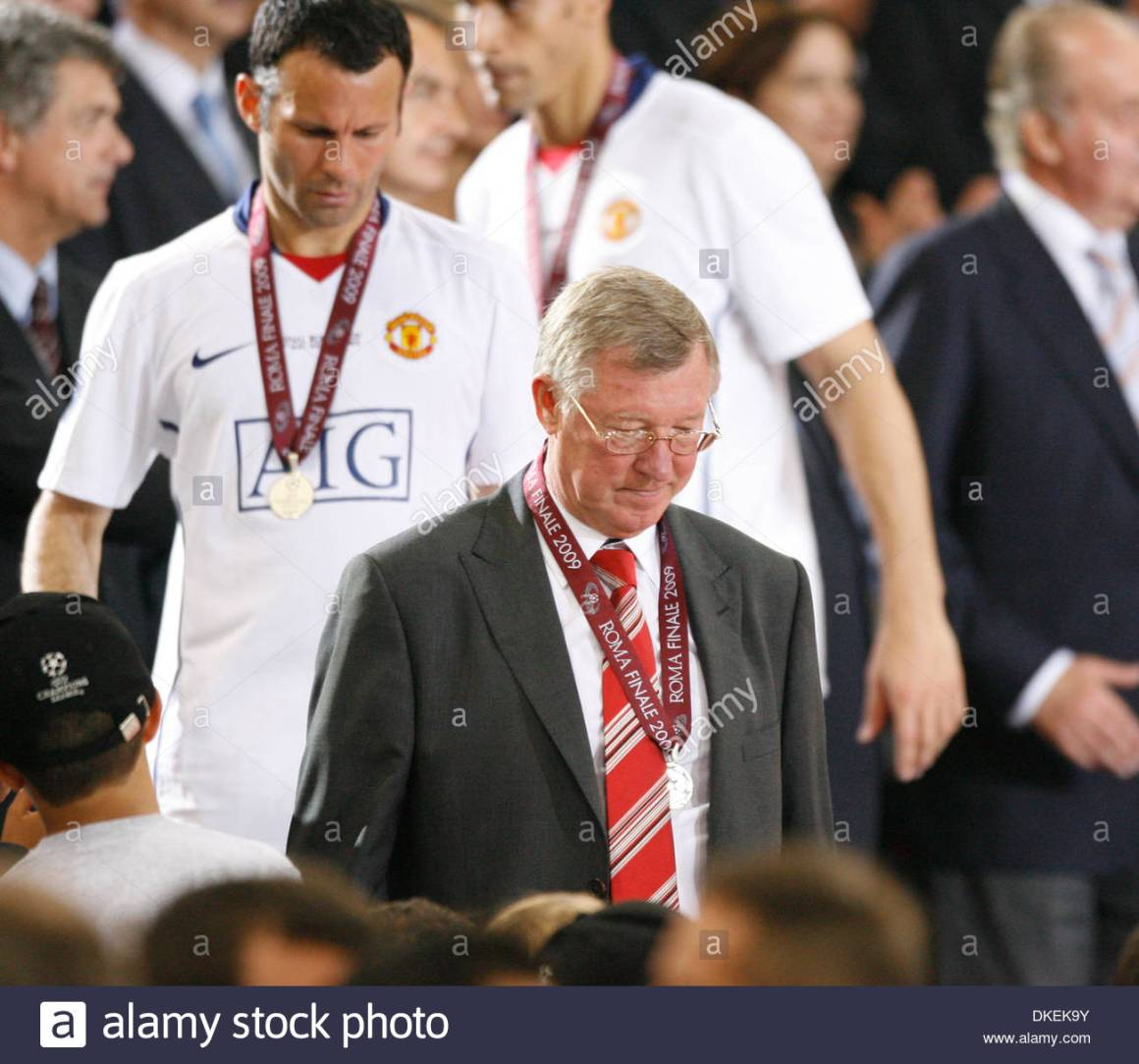 Manchester United's Sir Alex Ferguson looks on dejected..Champions ...