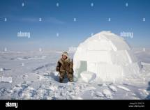 Inuit Igloo Stock & - Alamy