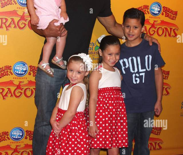 Mario Lopez Daughter Gia And His Nieces And Nephews Dragons Presented By Ringling Bros Barnum Bailey Circus At Staples Center Arrivals Los Angeles