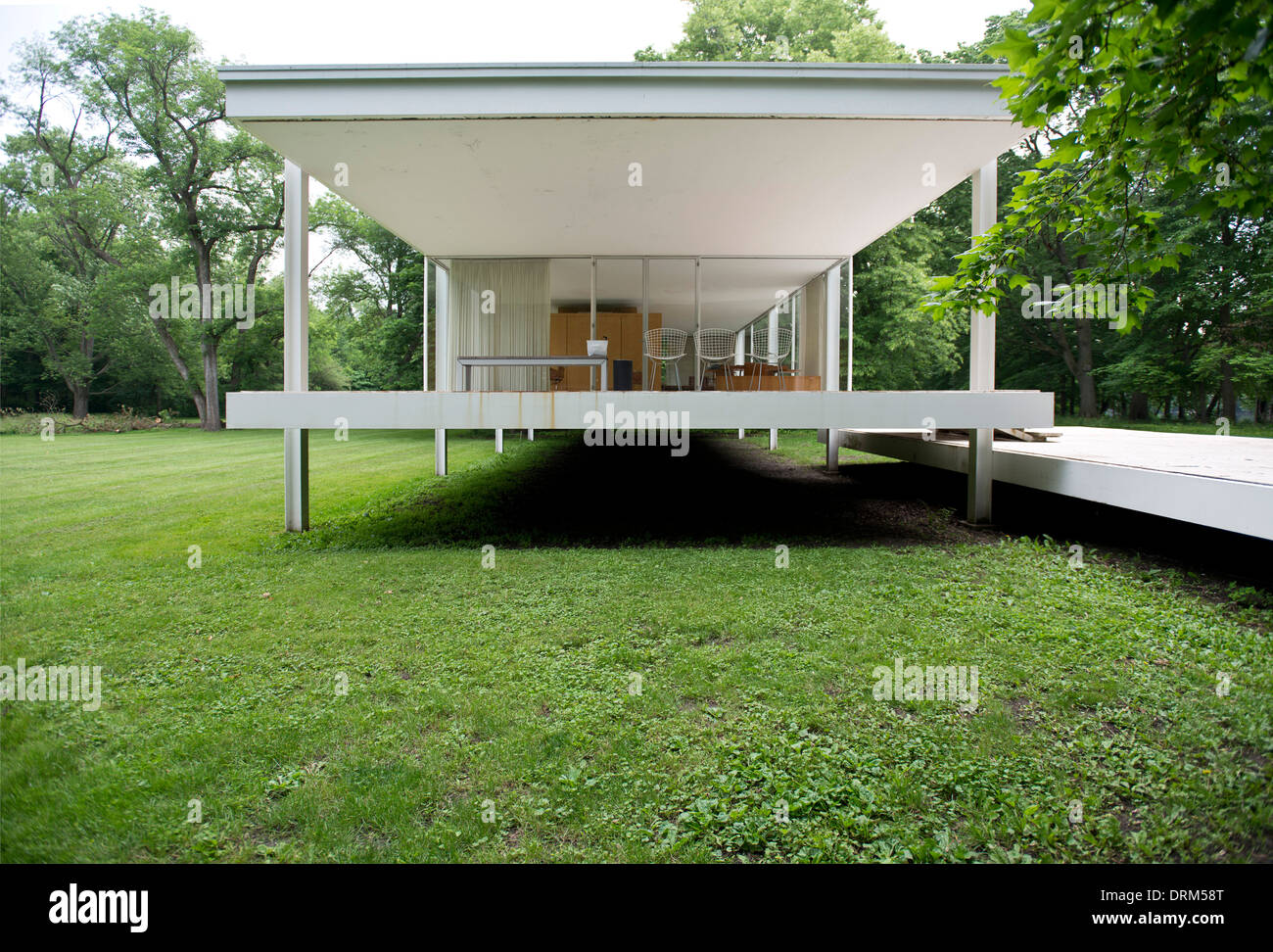 Farnsworth House Plano United States Architect Ludwig Mies van Stock Photo 66211400  Alamy